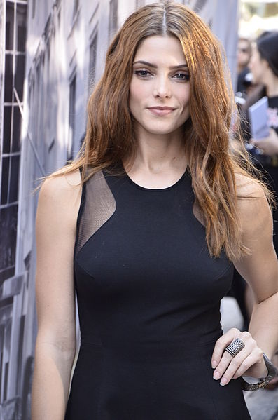 Ashley Greene Red Hair Twilight Star Goes For A New Look