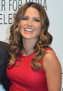 Sophia Bush Mourns Tragic Death