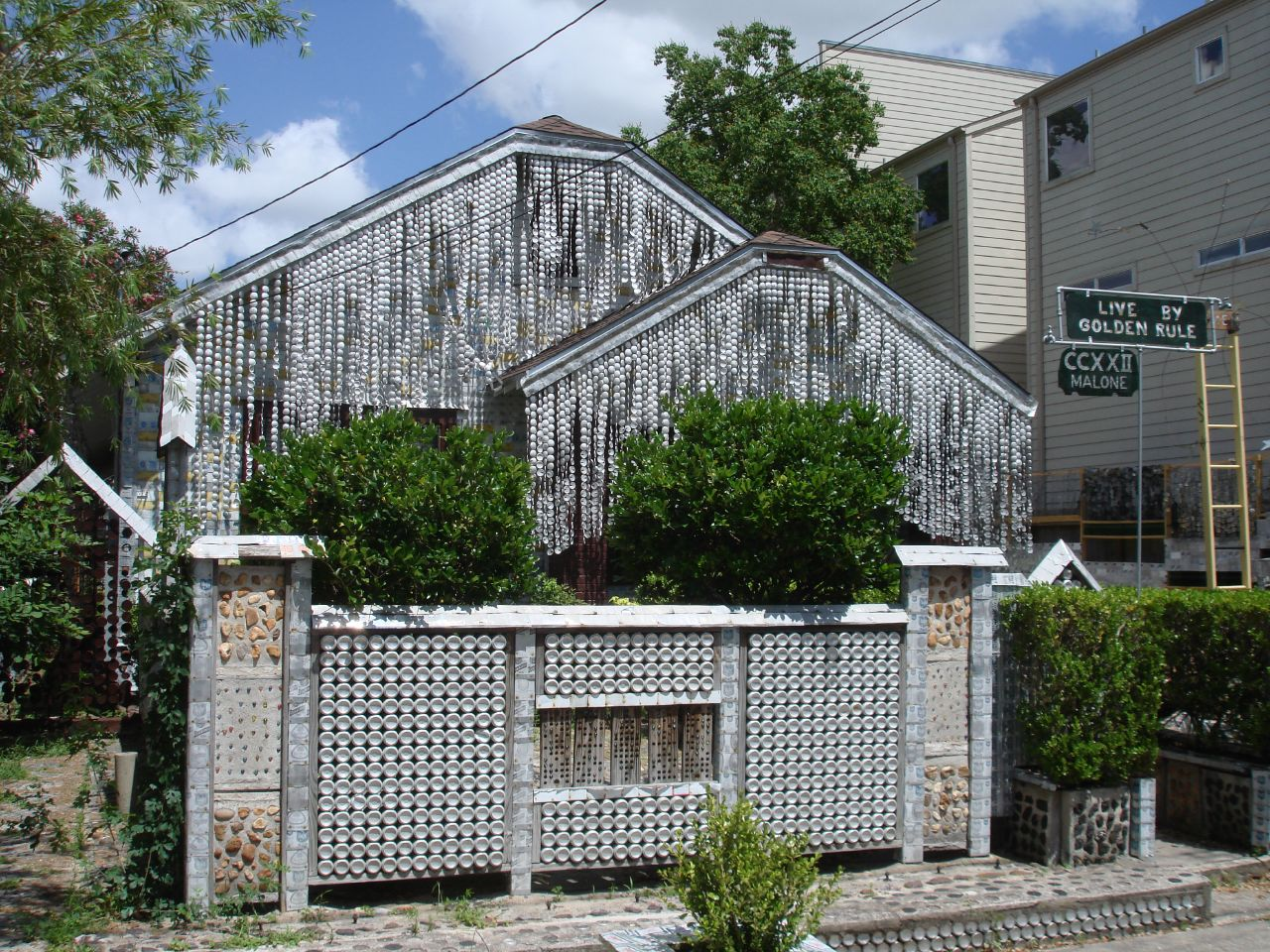 The Beer Can House Man Makes House Made From Beer Cans