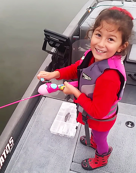 Bass barbie pole little girl reels in massive bass i can for Barbie fishing pole