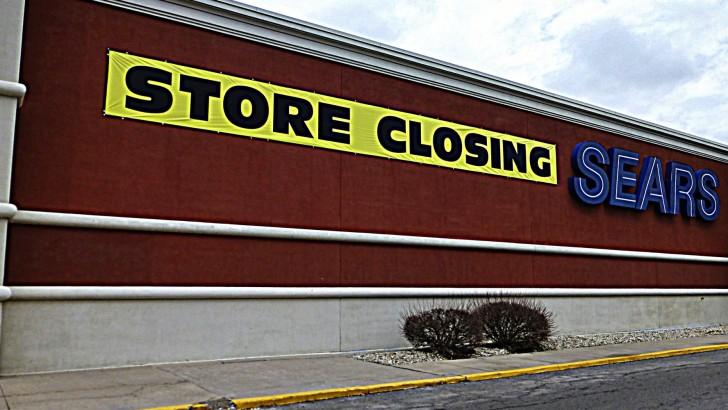 Green Street Advisors: department stores need to shed 800 locations UPDATE