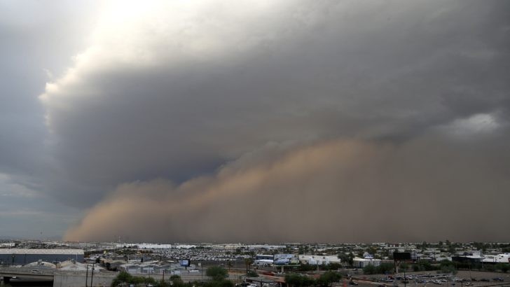 Large Dust Storm Moves Through Phoenix Metro Area